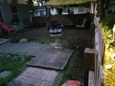 yard-before