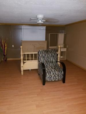 bedroom-empty