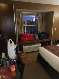 3 hotel